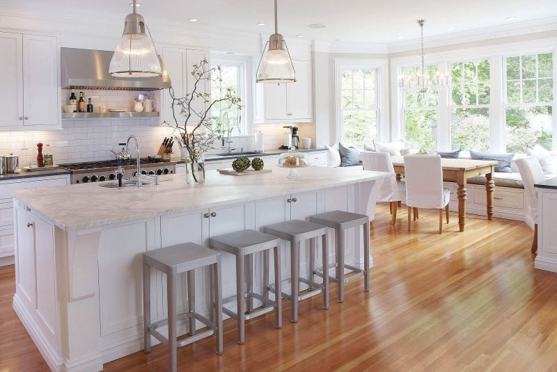 Chic and feminine kitchen design in white