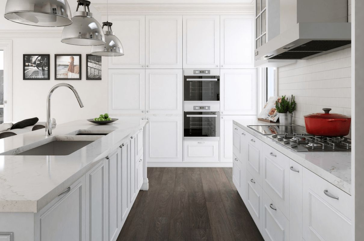White Timeless kitchen