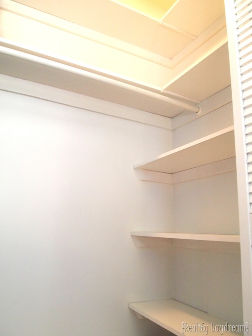 Add some DIY Shelving to your builder-basic closet, and get SO MUCH extra space for organizing! {Reality Daydream}
