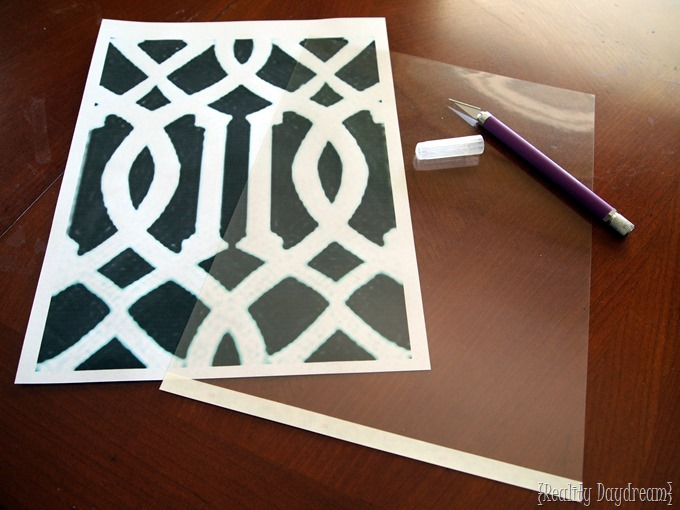 You can MAKE YOUR OWN DIY STENCIL at home! Tutorial on Reality Daydream